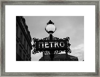Paris Metro Sign Black And White Art - Ornate Metro Sign At The Louvre - Metro Sign Architecture Framed Print
