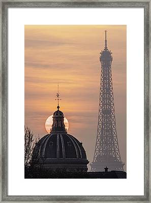Paris Sunset IIi Framed Print