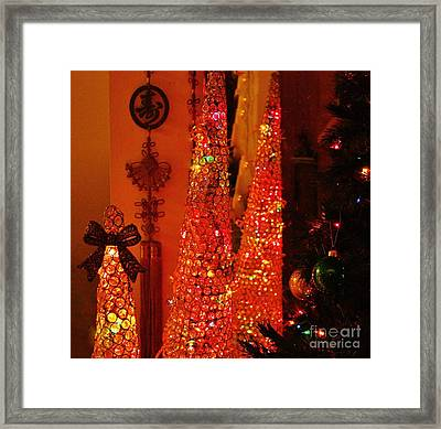 Peace On Earth Framed Print by Craig Wood