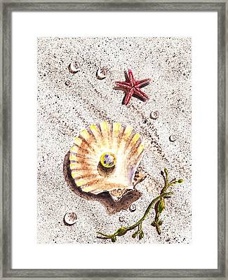 Pearl In The Seashell Sea Star And The Water Drops Framed Print by Irina Sztukowski