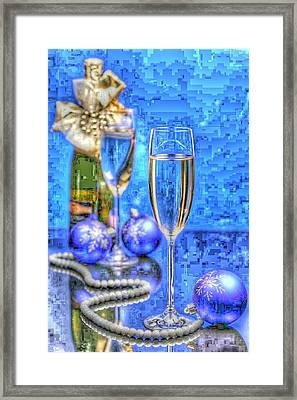 Pearls Framed Print by Tracie Howard