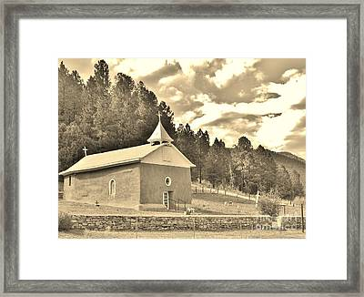 Framed Print featuring the photograph Pecos Roadside by William Wyckoff