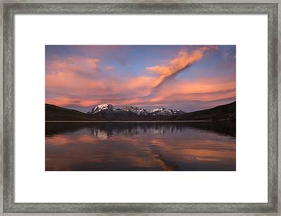 Pehoe Lake At Sunset Paine Massif Framed Print by Pete Oxford