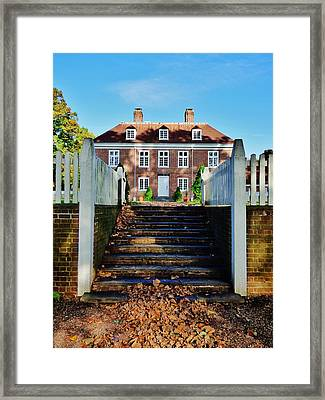 Pennsbury Manor Framed Print by Greg Kear