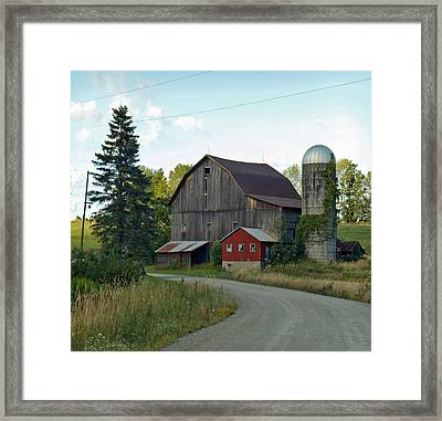 Pennsylvania Barn Framed Print