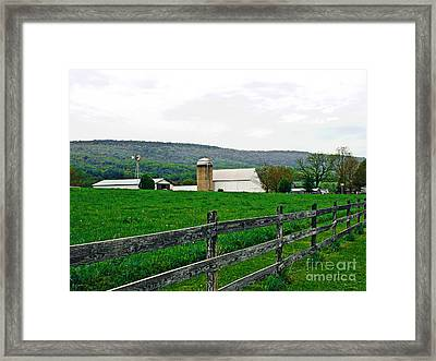 Pennsylvania Farm Framed Print