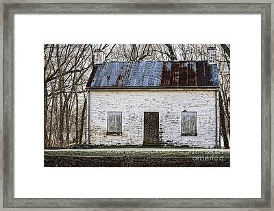 Pennyfield Lockhouse On The C And O Canal In Potomac Maryland Framed Print by William Kuta
