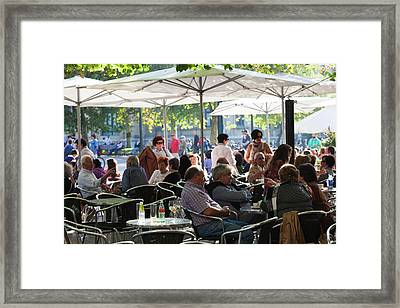People In Cafes On The Alameda Del Framed Print