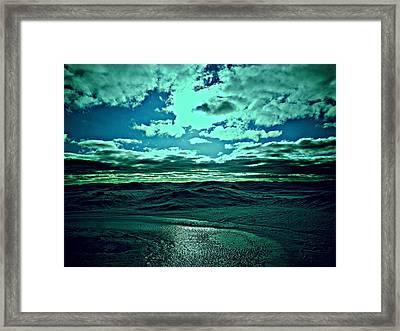 Perfect Day. Framed Print by Ruben  Llano