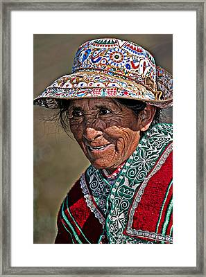 Peruvian Old Lady Framed Print by Walter Iglesias