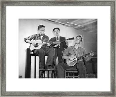 Pete Seeger & Friends Framed Print by Underwood Archives