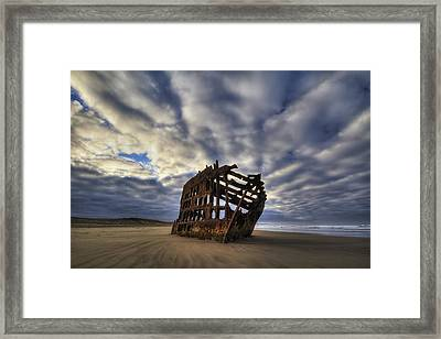 Peter Iredale Shipwreck Sunrise Framed Print by Mark Kiver