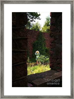 Photographing The Photographer Framed Print by Julie Clements