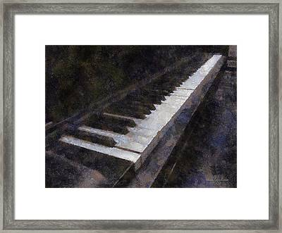 Piano Photo Art 01 Framed Print by Thomas Woolworth
