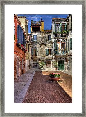 Framed Print featuring the photograph Picturesque Alley by Uri Baruch
