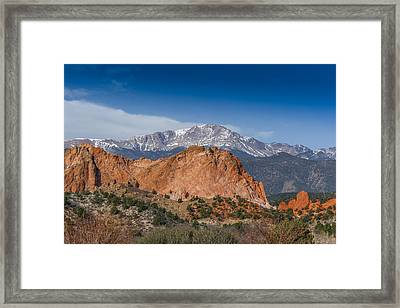Pikes Peak Behind Garden Of The Gods Framed Print by Ernie Echols