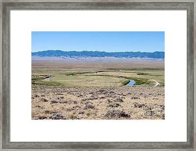 Pioneer Trail And Sweetwater River In Wyoming Framed Print by Cindy Singleton