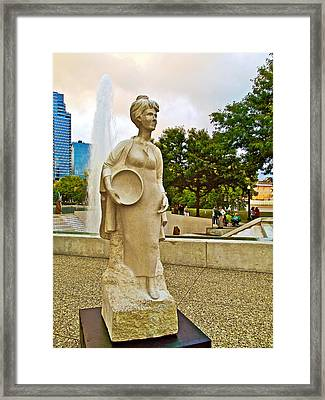 Pioneer Woman Sculpture At Gerald R Ford Museum In Grand Rapids-michigan Framed Print by Ruth Hager