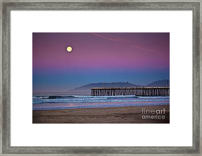 Pismo Beach Moonset At Sunrise Framed Print
