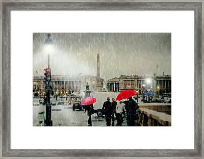 Place De La Concorde Framed Print by Diana Angstadt