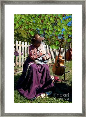 Play A Song For Me Framed Print by Liane Wright