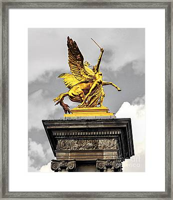 Pont Alexander IIi Fragment In Paris Framed Print