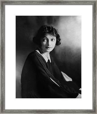 Portrait Of Katharine Cornell Framed Print by James Abbe
