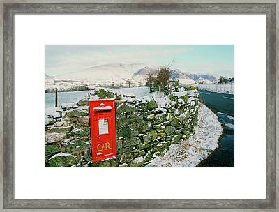 Post Box In St Johns In The Vale Framed Print by Ashley Cooper