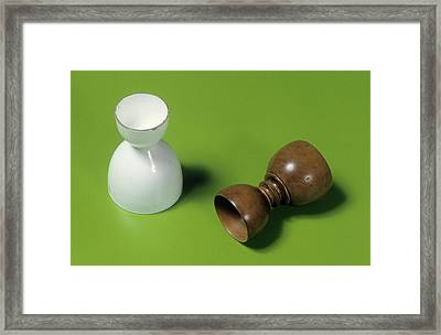 Powder Measures Framed Print by Science Photo Library