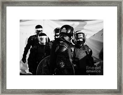 Psni Riot Squad Officers On Crumlin Road At Ardoyne Shops Belfast 12th July Framed Print
