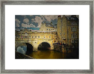 Pulteney Bridge Framed Print by Diana Angstadt