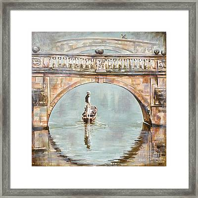 Punting On River Cam Under Clare Bridge Framed Print by Leigh Banks