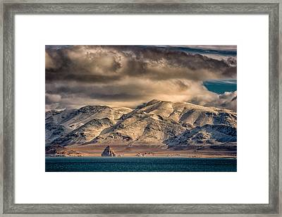 Pyramid Lake In The Morning Framed Print by Janis Knight