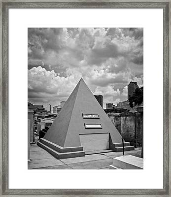 Pyramid Of Saint Louis Cemetery In Black And White Framed Print