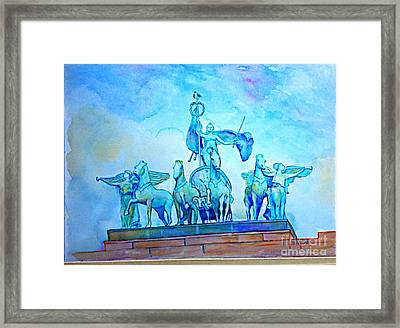 Quadriga Above The Arch At Grand Army Plaza Framed Print