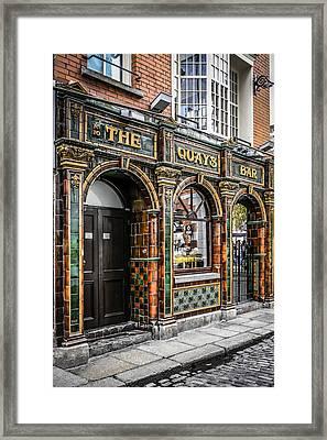 Quays Bar Framed Print