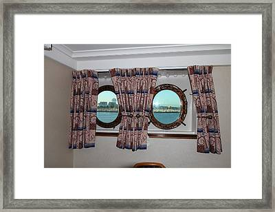 Queen Mary - 121223 Framed Print by DC Photographer