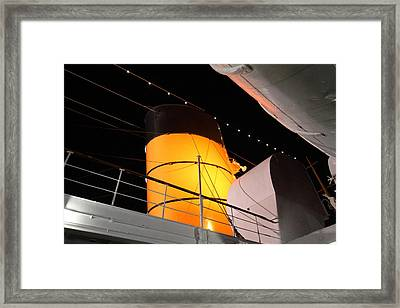 Queen Mary - 121239 Framed Print