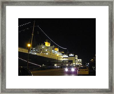 Queen Mary - 12127 Framed Print by DC Photographer