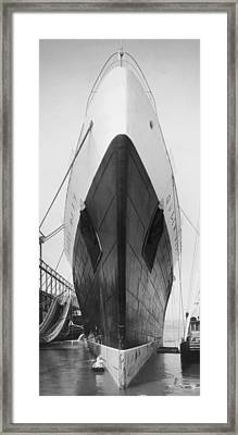 Queen Mary Docked In Ny Framed Print