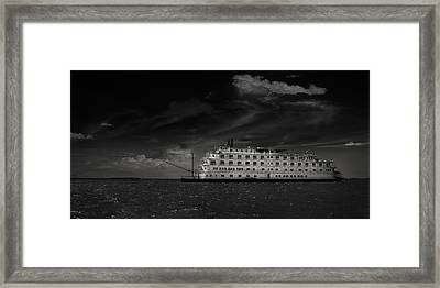 Queen Of The Mississippi  Framed Print