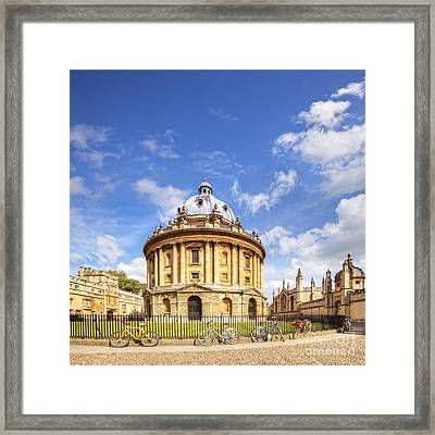 Radcliffe Camera Framed Print by Colin and Linda McKie