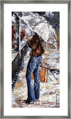Rainy Day - Woman Of New York 15 Framed Print