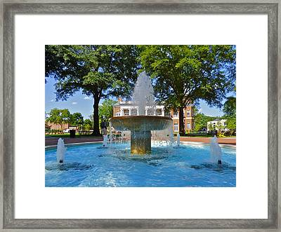Randolph-macon College Fountain Framed Print by Jean Wright