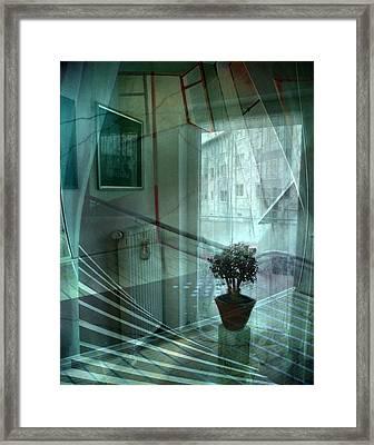Raumkontinuum Framed Print