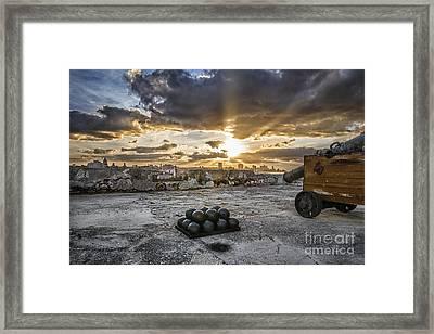 Rayos De Lo Posible Framed Print