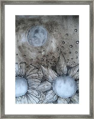 Reach For The Moon Framed Print by Lori Thompson
