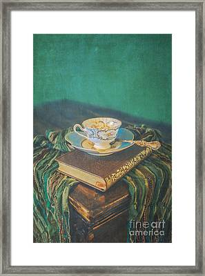 Read Drink Love Framed Print