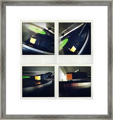 Record Player Framed Print by Les Cunliffe