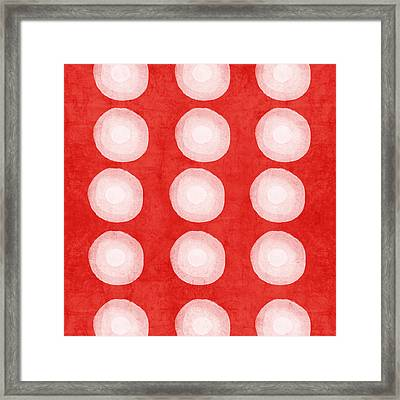 Red And White Shibori Circles Framed Print by Linda Woods